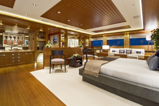 Motor Yacht Mary-Jean II Isa for charter - master cabin 2