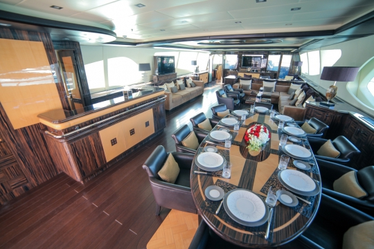 Motor Yacht Al Asmakh for sale - Dining