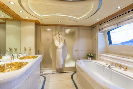 Motor Yacht QM of London Benetti for charter - master bathroom