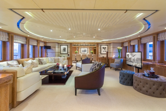 Motor Yacht QM of London Benetti for charter - main salon