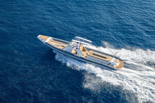 Motor Yacht QM of London Benetti for charter - tender