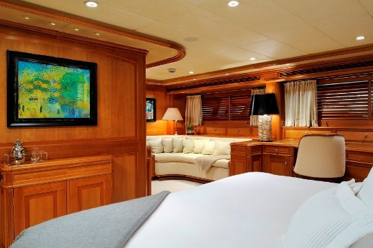 Sailing Yacht Drumbeat Alloy yacht for charter - master stateroom