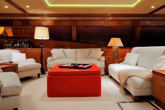 Sailing Yacht Drumbeat Alloy yacht for charter - saloon seating