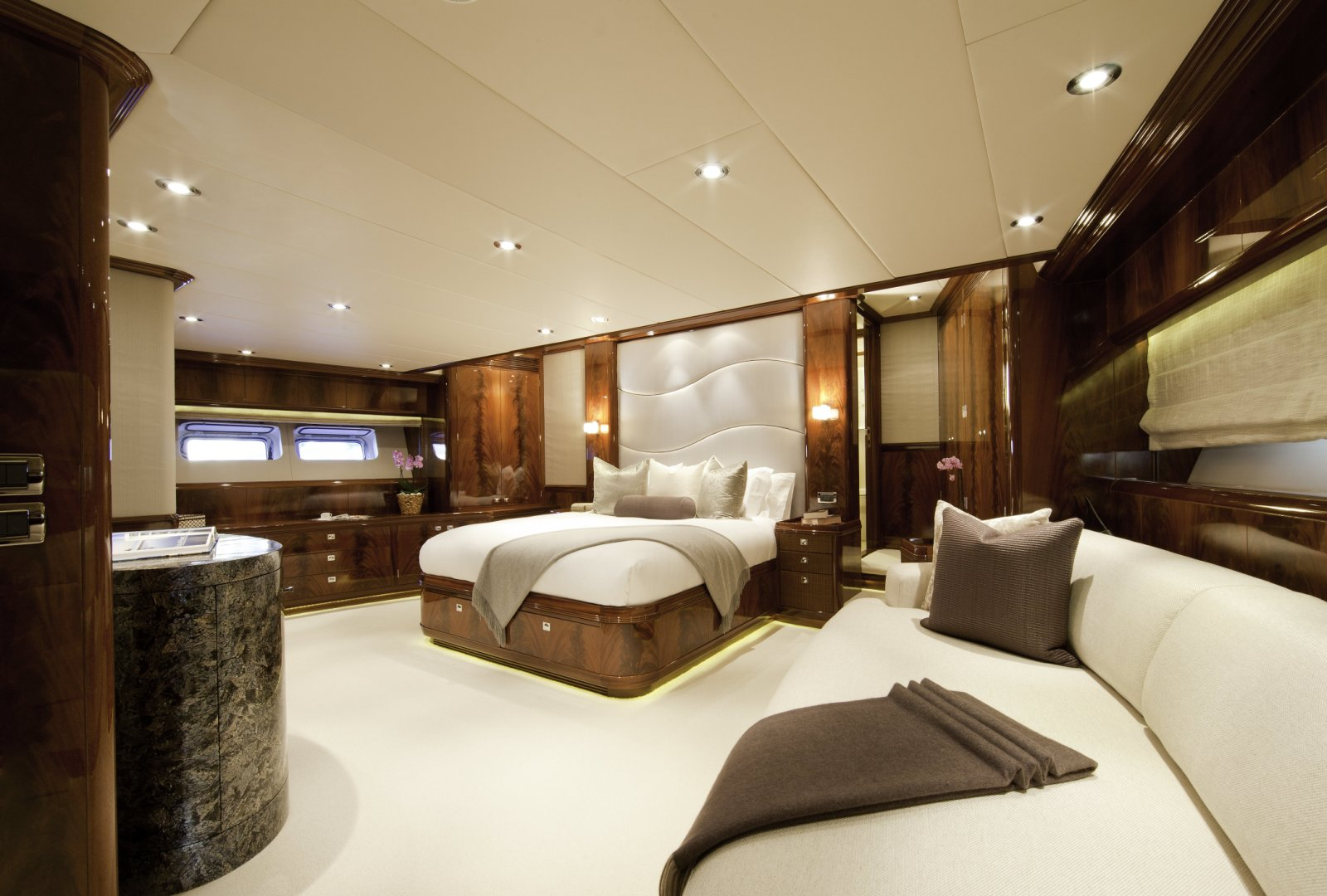 Destination Yacht For Charter Alloy Yachts Yacht For