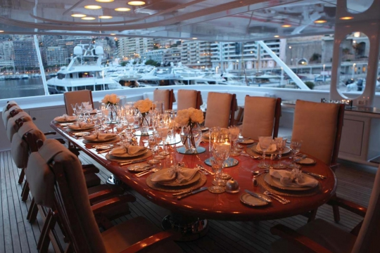 Motor Yacht Apogee for sale - dining aft deck
