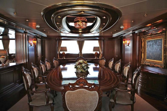 Motor Yacht Apogee for sale - dining