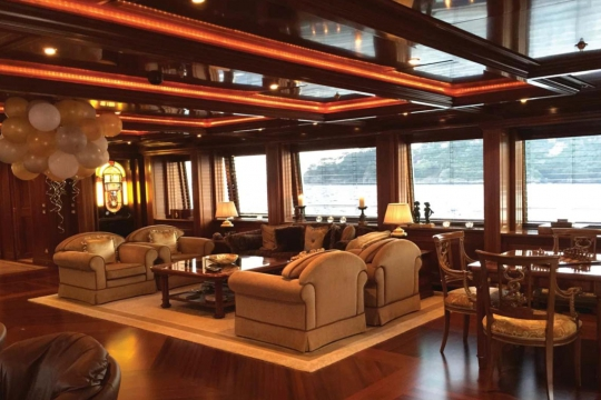 Motor Yacht Apogee for sale - large saloon
