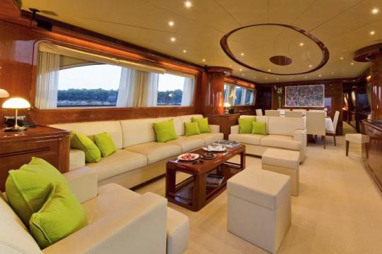 Motor Yacht Falcon 102 for sale - saloon
