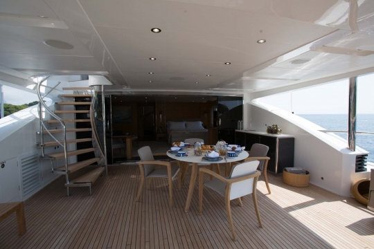 Princess 40M - Princess 40m yacht for sale - upper deck aft.jpg