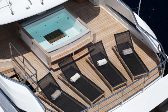 Princess 40M - Princess 40m yacht for sale - sundeck jacuzzi.jpg