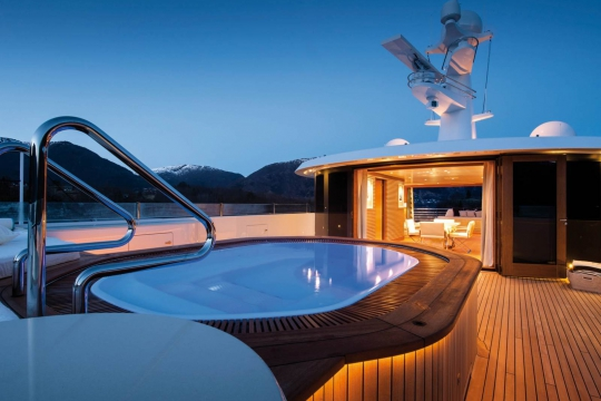 Amels 206 - New buils Amels 206 yacht for sale - sundeck jacuzzi.jpg