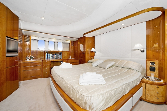 Motor Yacht Anne Viking Princess for charter - master cabin