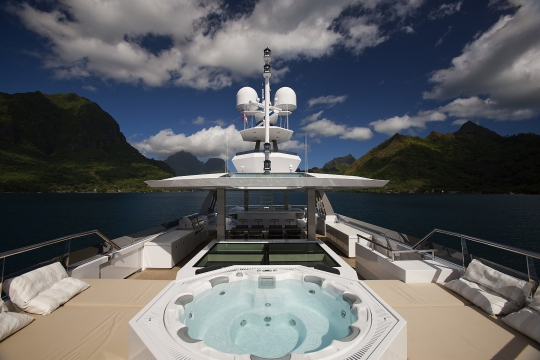 Motor Yacht Big Fish for charter - jacuzzi