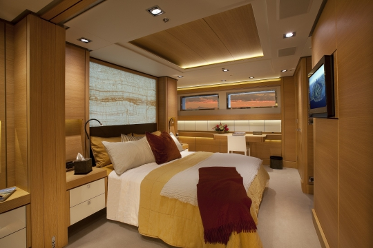 Motor Yacht Big Fish for charter - guest stateroom