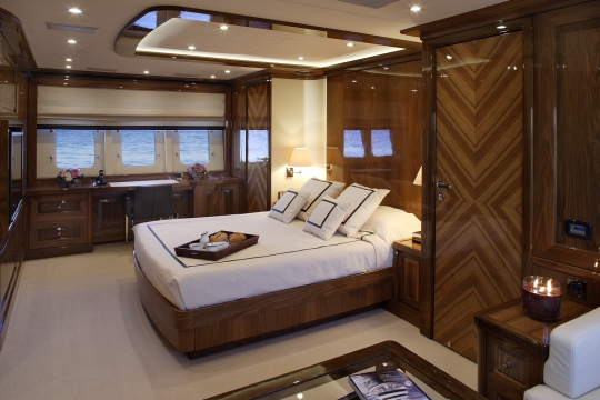 Motor Yacht Dragon Couach for charter - master stateroom