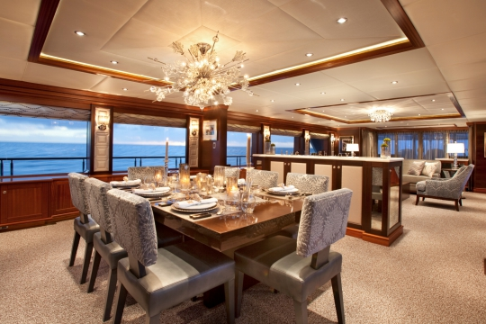 Motor Yacht Blind Date - dining