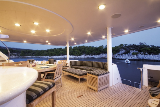 Motor Yacht Endless Summer Westport for charter - main deck aft
