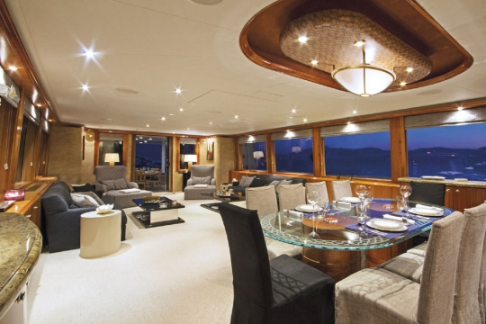 Motor Yacht Endless Summer Westport for charter - main saloon