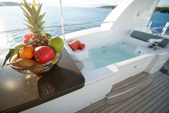 Motor Yacht Gems for charter - jacuzzi