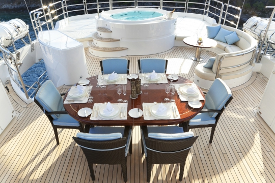 Motor Yacht Harmony III Benetti for charter - sundeck dining and jacuzzi