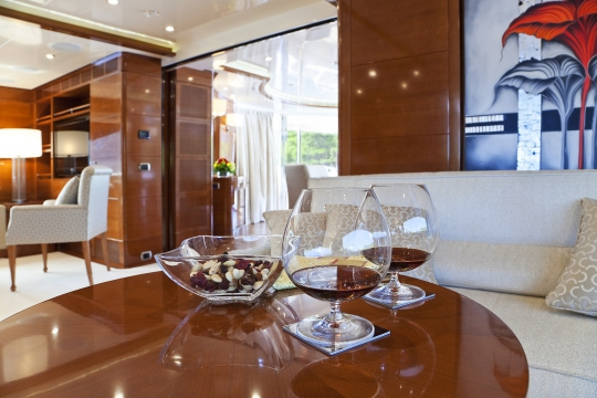 Motor Yacht Harmony III Benetti for charter - bridge deck saloon
