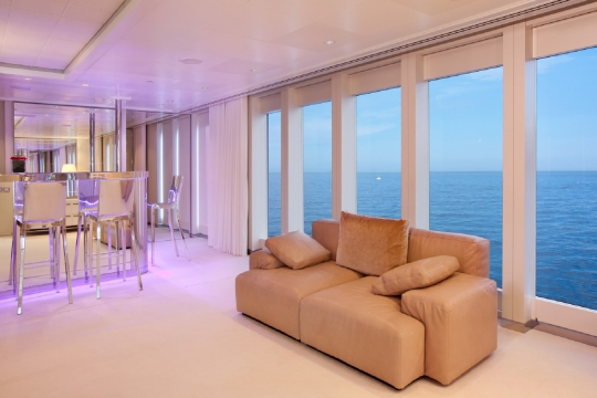 Motor Yacht Idol for charter - sky lounge