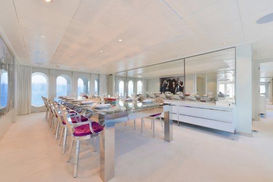 Motor Yacht Idol for charter - dining room
